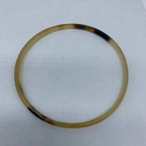 Cow Horn Bangle-XS Natural Variation 2 - Lillon Boutique