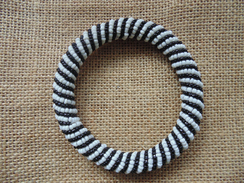 Beaded Bangle-Black and White