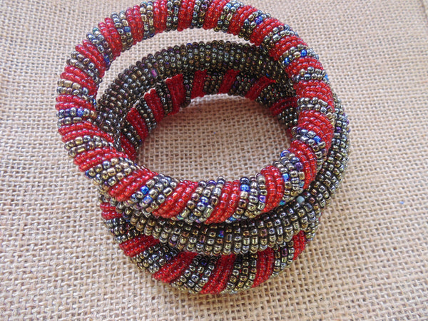 Beaded Bangle-Red and Metallic Variation - Lillon Boutique