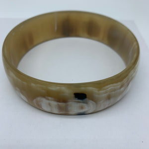 Cow Horn Bangle-L White Variation