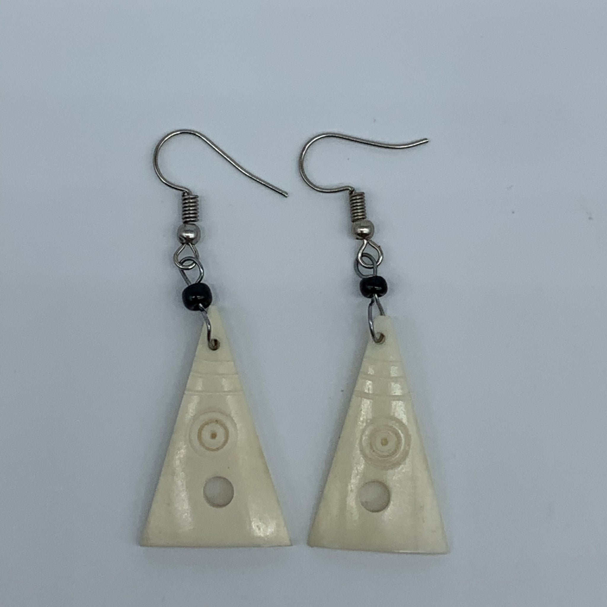 Cow Bone Earrings-Triangle(S) White w/ Hole - Lillon Boutique