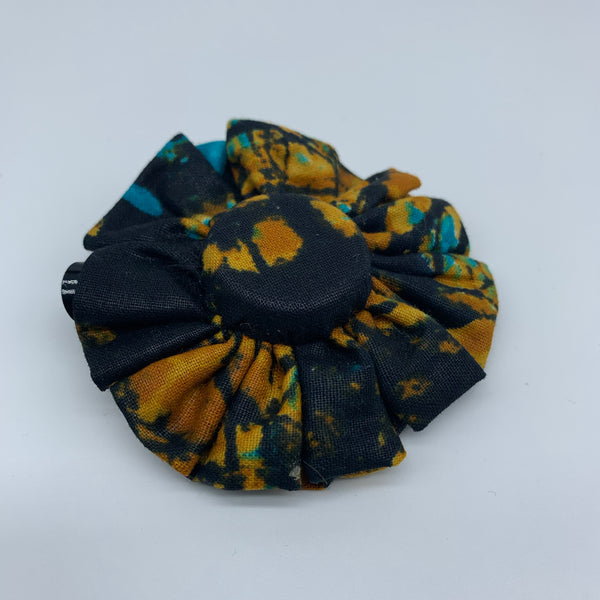 African Print Hair Clip-M Bottle Cap Style Black Variation