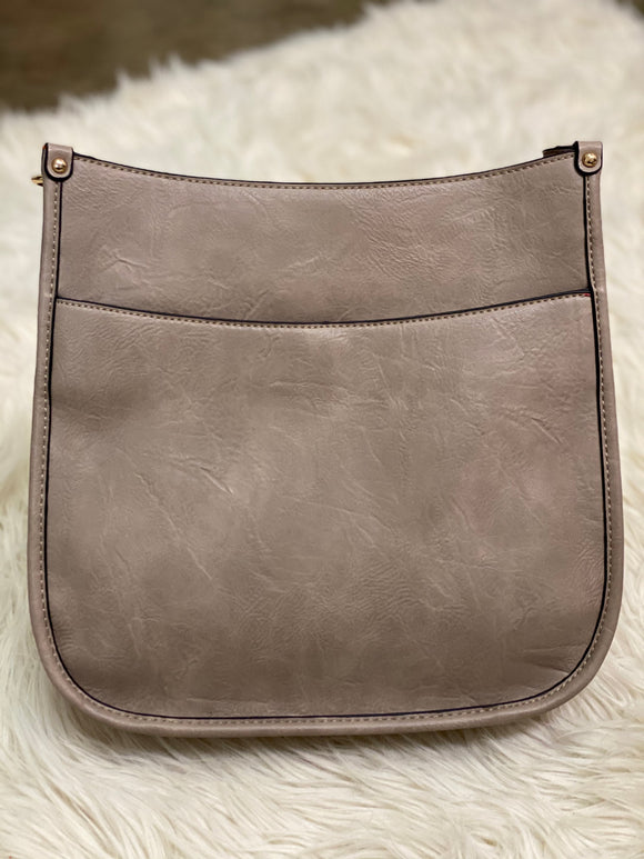 Signature Crossbody Messenger in Taupe