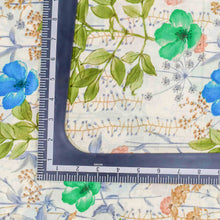 Load image into Gallery viewer, Green Floral Pattern Cotton Fabric