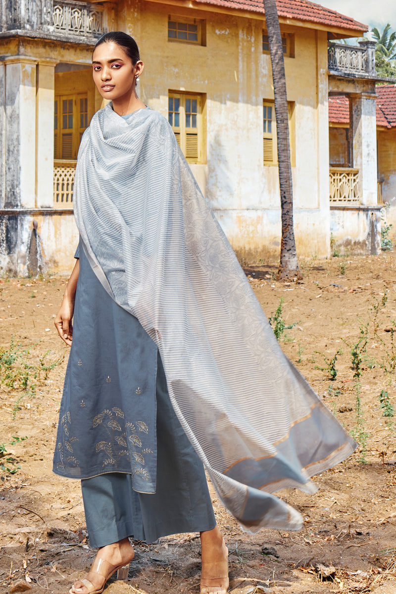 Grey Cotton Kurta with Silk Jacquard Dupatta