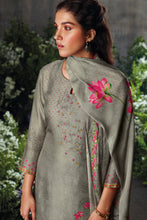 Load image into Gallery viewer, Grey Russian Silk Kurta