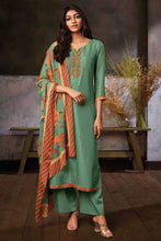 Load image into Gallery viewer, GREEN Russian Silk Kurta with Chinon Silk Dupatta