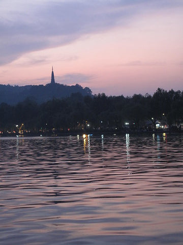 Sunset over Hangzhou's west lake