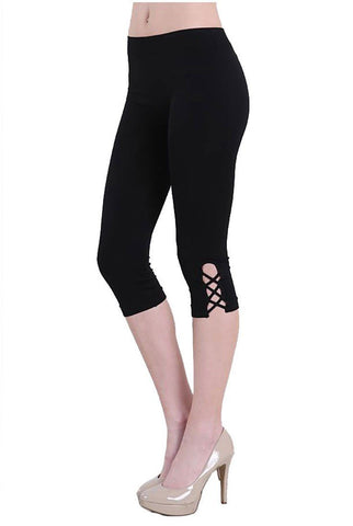 Black Cross Stitch Seamless Smooth Crop Leggings in Black