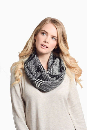 Stitch Bar Design Infinity Loop Scarf - Niobe Clothing - 1