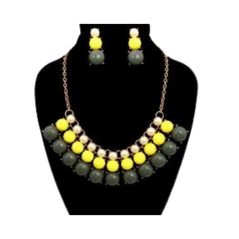 Pearl and Beaded Necklace Set