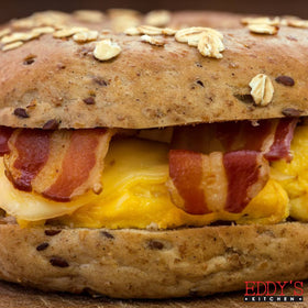 Cheese Omelette & Crispy Beef Bacon Bagel Sandwich / Ready To Heat