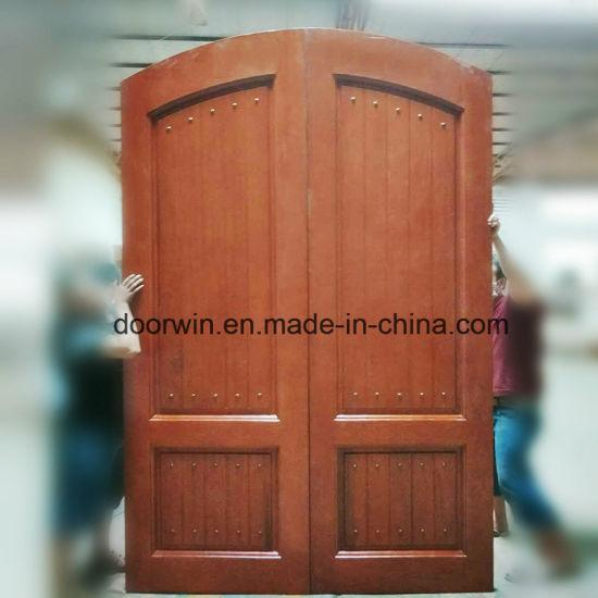 DOORWIN 2021Red Oak Wood Door with Copper Nail - China Arch Main Door Design, Arched French Doors Interior