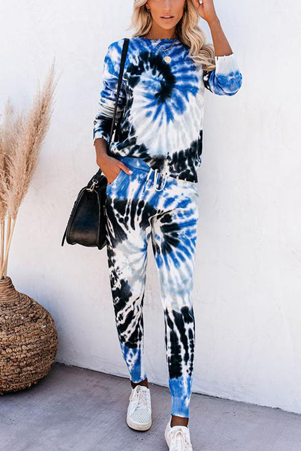 Spiral Tie Dye Top And Jogger Pants Lounge Suit For Women