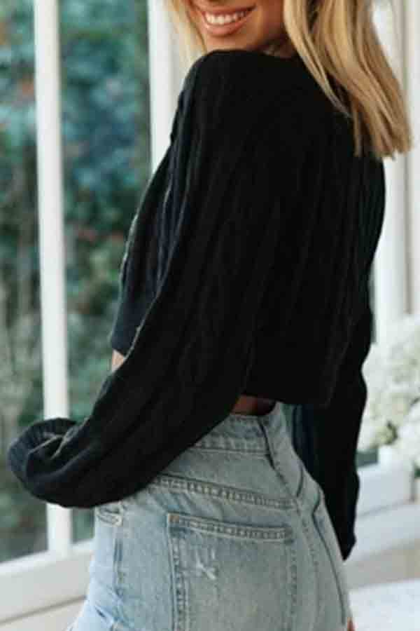Solid Cable Knit Cropped Pullover Sweater Black