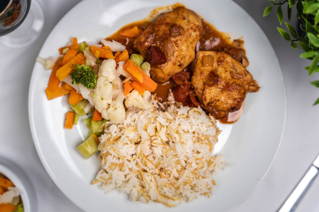 Butter chicken with Rice & Vegetable