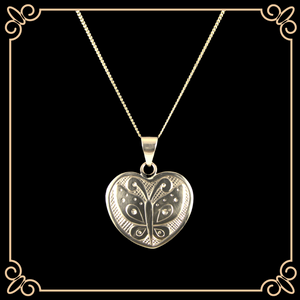 "Butterfly Design 7/8"" Gold 14k Heart Pendant"