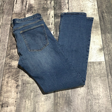 Load image into Gallery viewer, Gap blue jeans - His size 32 X 34