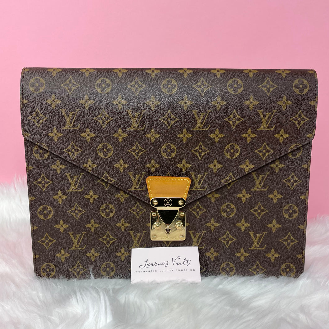 AUTHENTIC LOUIS VUITTON PORTE DOCUMENTS SENATEUR BRIEFCASE/CLUTCH (CT0921)