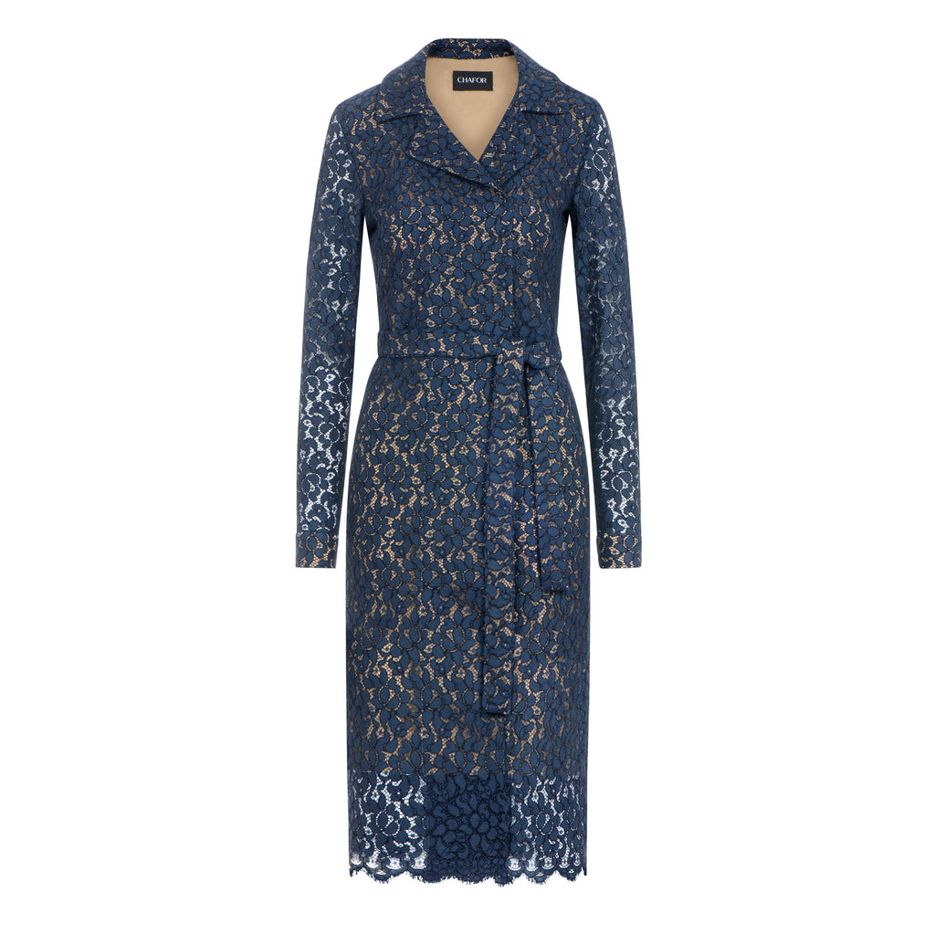 C205  Wrap coat made from finest french lace