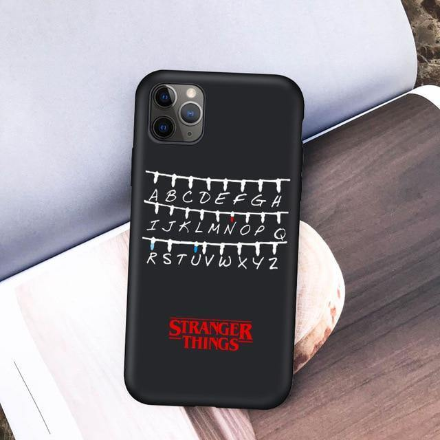 Coque iPhone  Stranger Things Alphabet + Classic | La Boutique Stranger Things