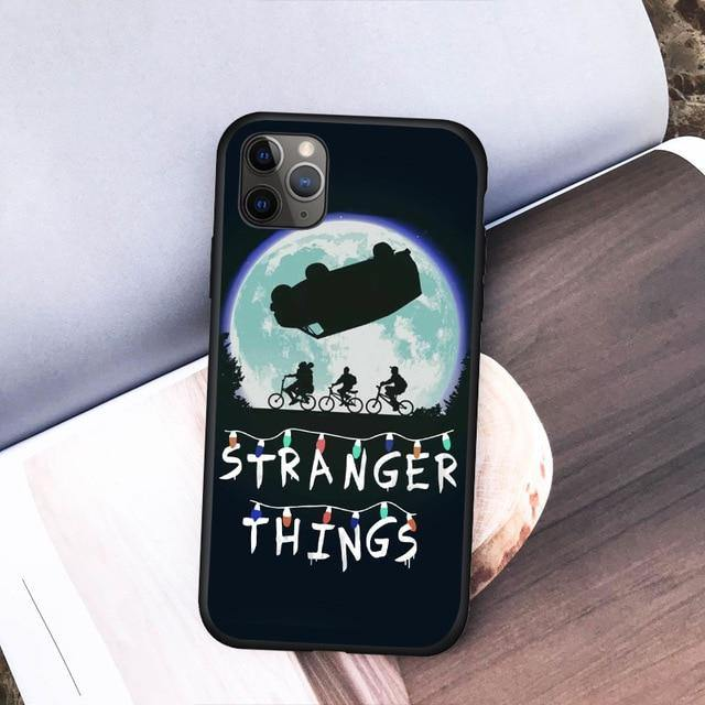 Coque iPhone  Stranger Things van | La Boutique Stranger Things