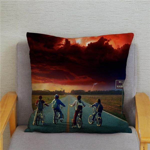Coussin Stranger Things Bike Road