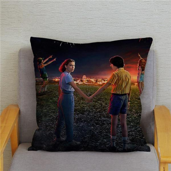 Coussin Stranger Things Mike et Onze