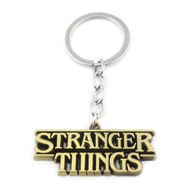 Porte-clé Stranger Things doré