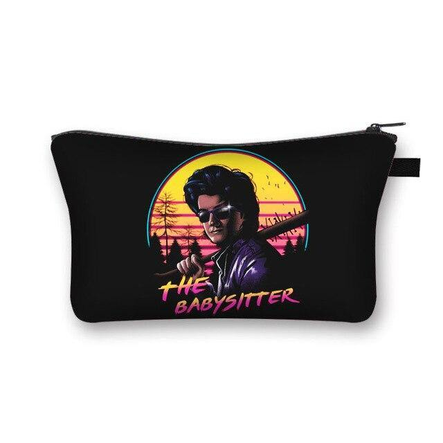 Trousse légère Stranger Things Babysitter | La Boutique Stranger Things