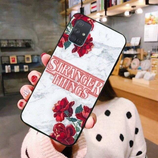 Coque Samsung Stranger Things fleurs | La Boutique Stranger Things