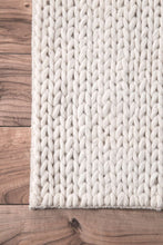 Load image into Gallery viewer, nuLOOM Off White Hand Woven Chunky Woolen Cable CB01 Area Rug