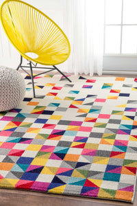 nuLOOM Takisha Triangle Multi Area Rug