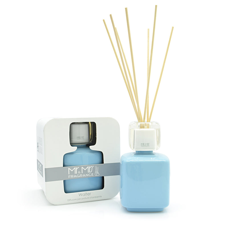 WALTER Ceramic Diffuser - Light Blue - Aroma di Casa