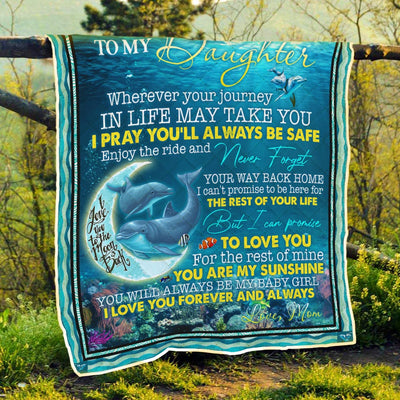 mom-to-my-daughter-wherever-your-journey.-dolphin-quilt-blanket--pod0801qlt0007