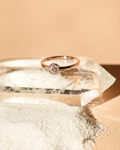 Load image into Gallery viewer, Moss Ring – Rose Gold (0.37ct)