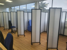Load image into Gallery viewer, VERSARE-Polycarbonate-Covid-Cubicle