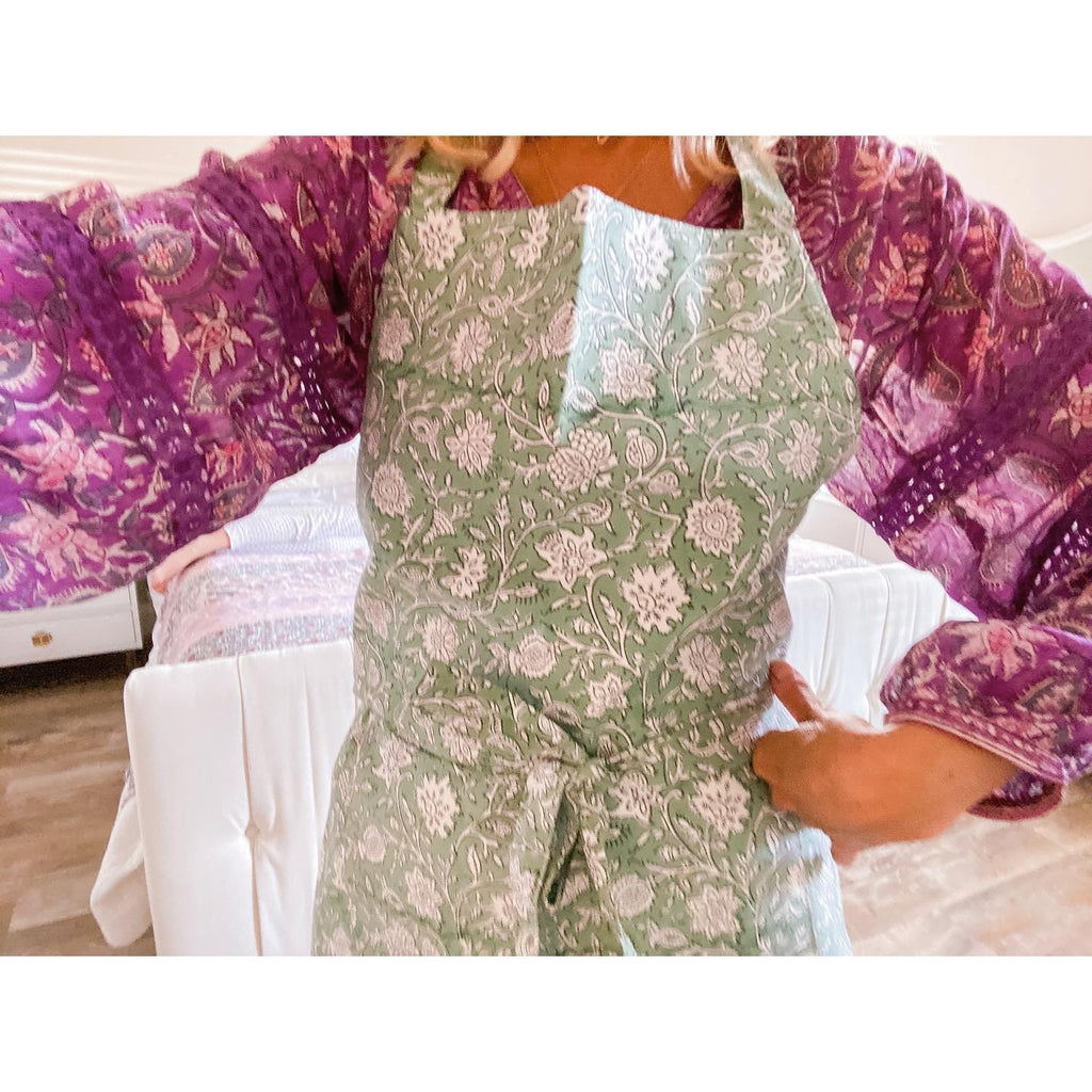 Apron & Mitt set