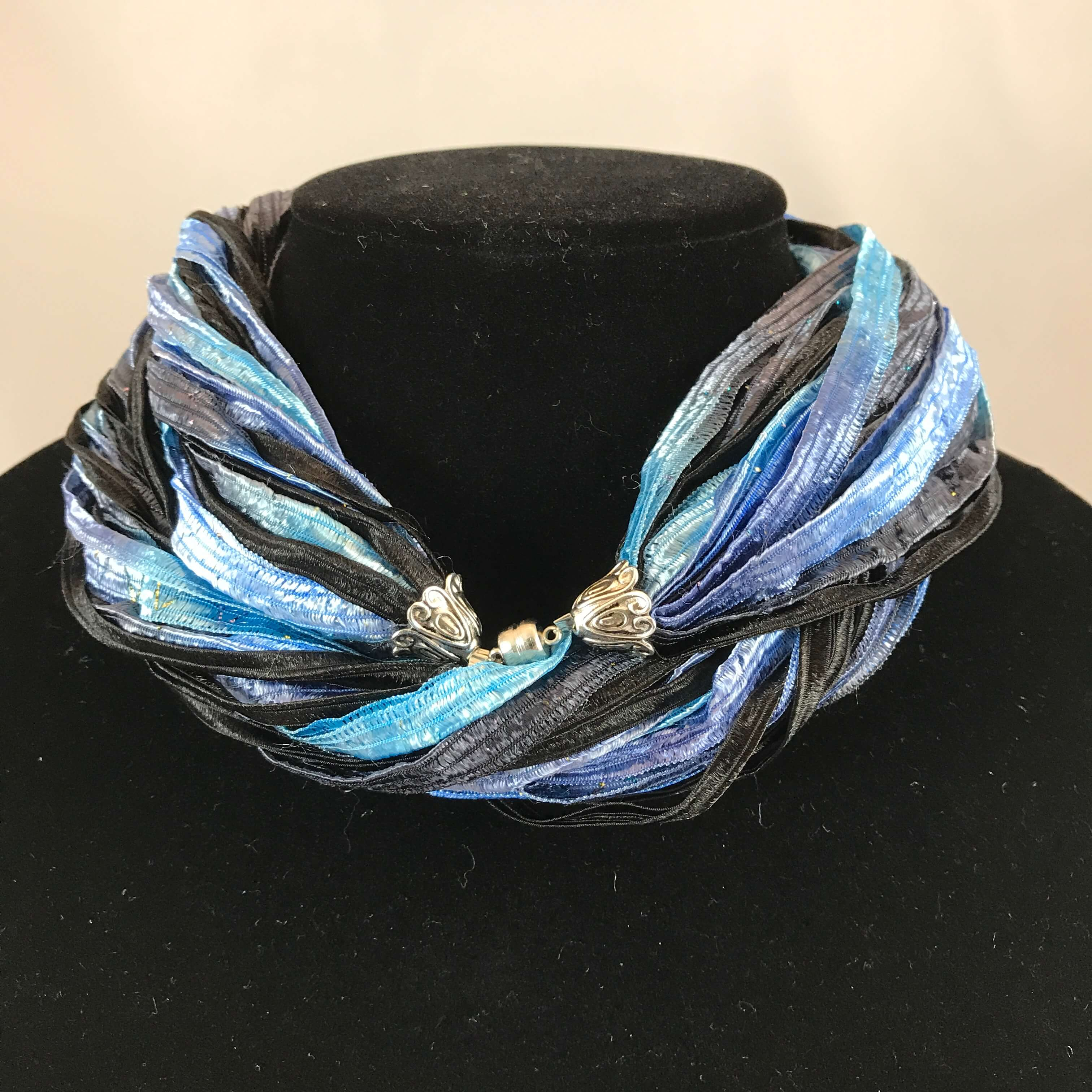 Bright Blue Skies | Fiber Necklace