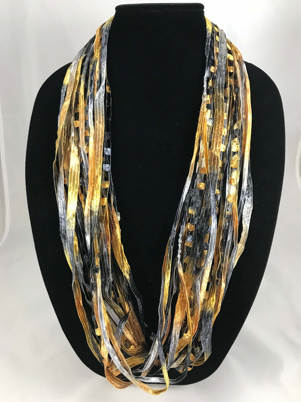 Black & Gold | Fiber Necklace