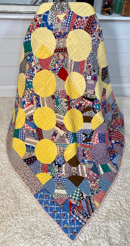 Yellow Snow Ball Quilt