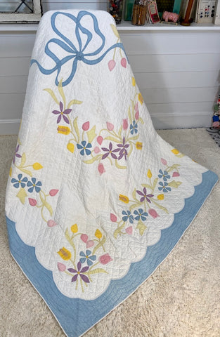 Spring Applique Quilt
