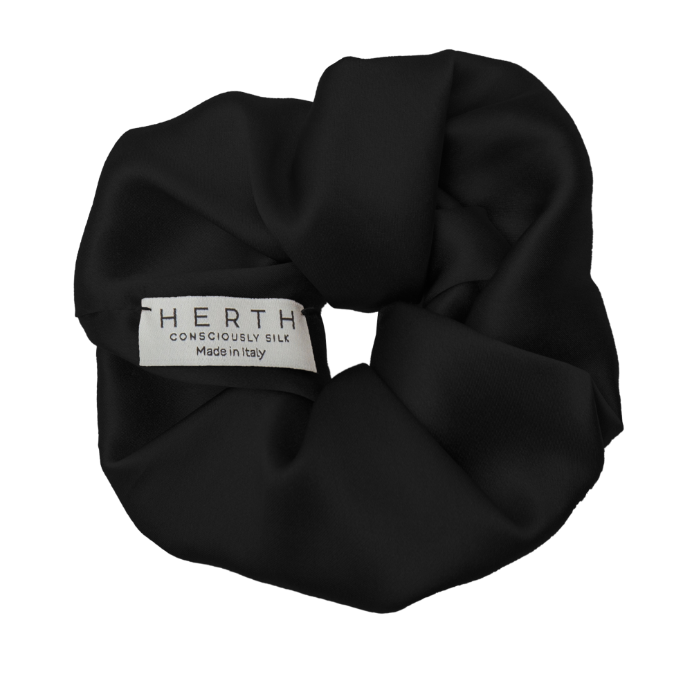 EDI SILK SCRUNCHIE BLACK