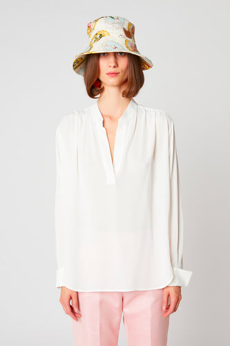 Long-sleeved blouse in Italian fabric