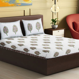 100% Handmade  Floral sanganeri Block Print King Size Bedsheets comes  with 2 Pillow covers.