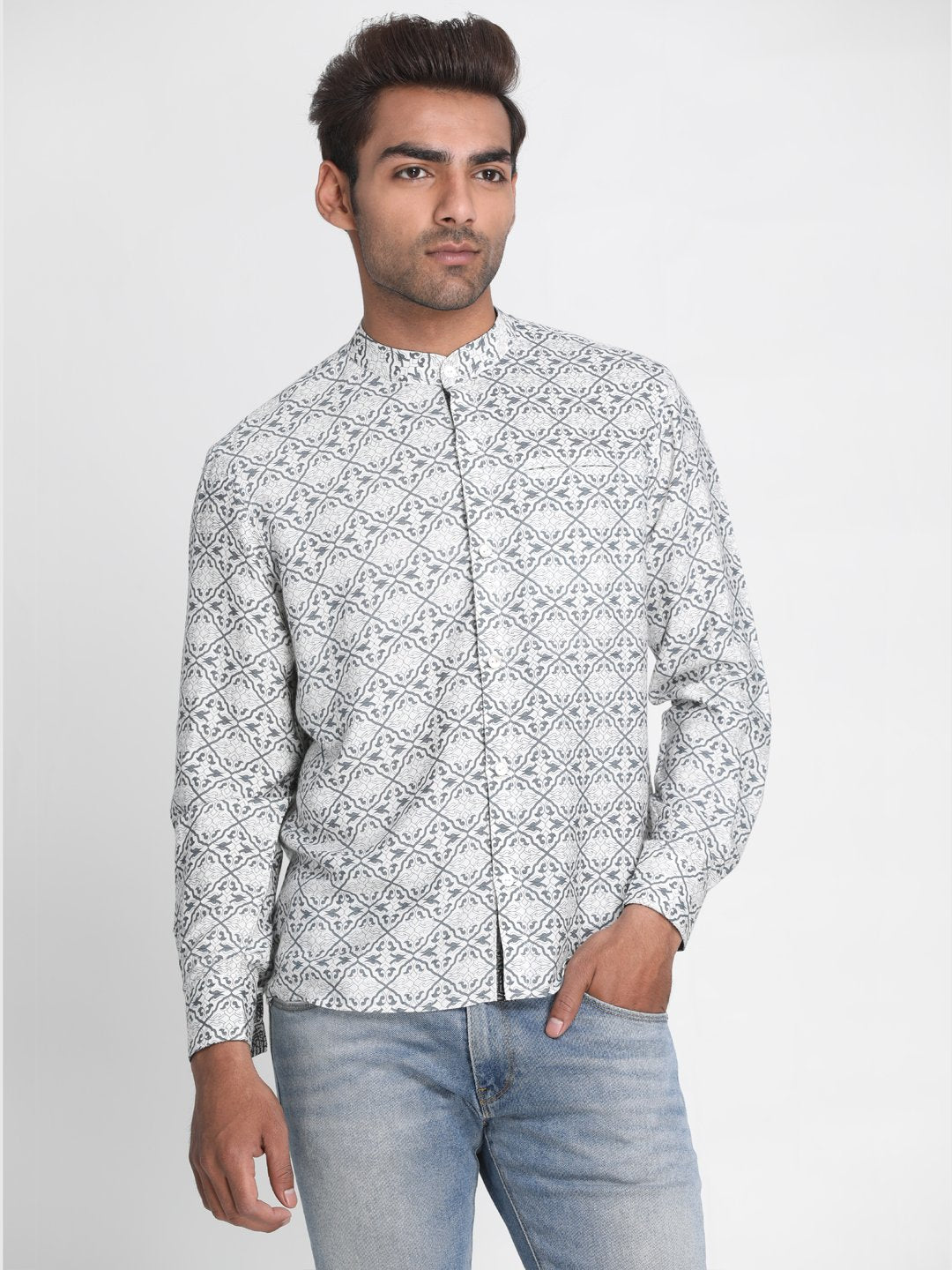 Men White & Grey Slim Fit Printed Casual Shirt