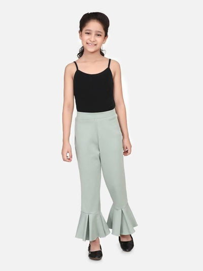 Green full strachable bell bottom - MANERAA