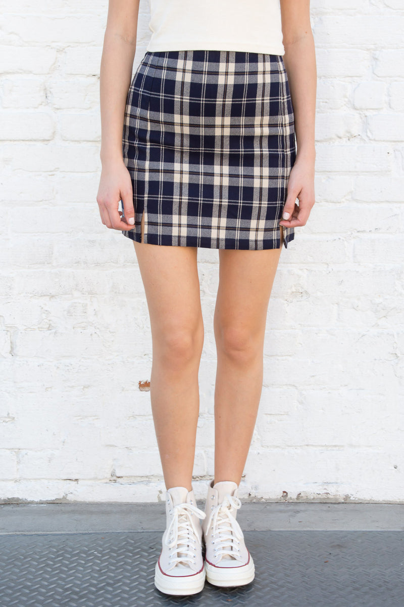 Navy Blue and Beige Plaid / S
