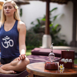 Diffusing Essential Oils and Meditation