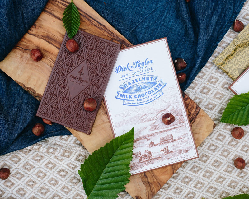 Dick Taylor Milk Chocolate w/ Hazelnuts 55%